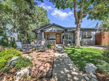 Peachy 5 Charming 3 Bed Home Views Walk To Pearl St Cu Creek Path Hiking Home Interior And Landscaping Ologienasavecom