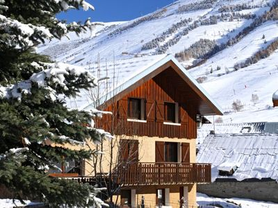 Photo for 7 bedroom accommodation in Les Deux Alpes