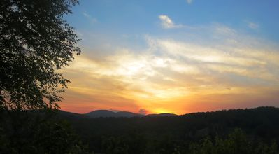Sunset viewed from Mountain Vista Retreat on May 17,2014
