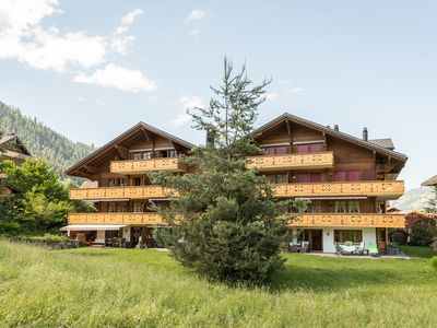 Photo for 4BR Chalet Vacation Rental in Zweisimmen