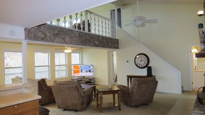 Photo for 4 Bedroom House / Heart of Osage Beach