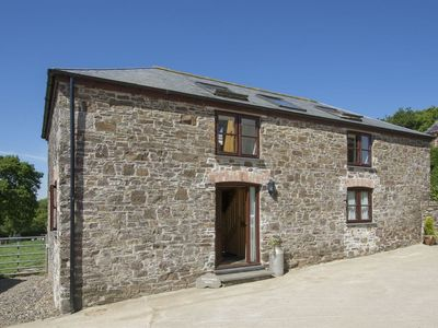 Photo for ORCHARD BARN, pet friendly in St Giles On The Heath, Ref 976082