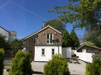 Well maintained property in easy reach of beautiful locations in the South West.