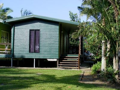 Photo for TRIPLE MMM COTTAGE HOLIDAY ACCOMMODATION