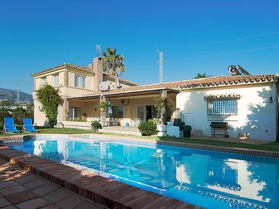 Photo for Vacation home Villa Paloma in Fuengirola - 8 persons, 4 bedrooms