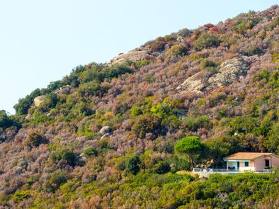 Photo for Beautiful villa in a charming position, overlooking the bay of Biodola and at a few metres from the