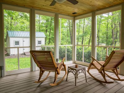 Photo for Secluded country farmhouse w/ screened-in porch, close to water access