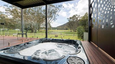 Photo for Hemley House ♥ Luxury in the heart of Halls Gap