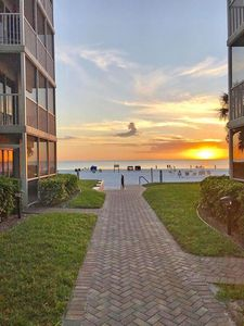 Photo for Beach-Side Siesta Key Ground Floor Easy Access To the Beach - 2-Bedroom/2-Bath.