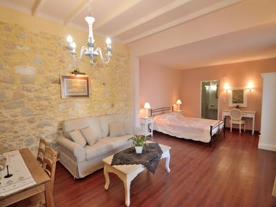 Photo for Luxury apartment,Old Town Rethymno,next to all amenities,short distance to beach