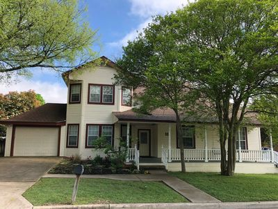Photo for Recently Renovated Victorian-Style Home In Downtown Pflugerville