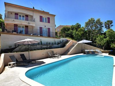 Photo for Superb villa with large pool
