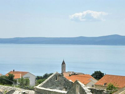 Photo for 1BR Apartment Vacation Rental in Brač/Bol