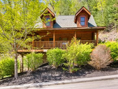 Photo for Bear Paws is a warm and inviting one bedroom, one bath log cabin with an all