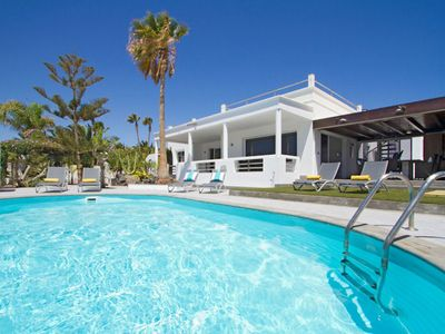 Photo for A stylish modern villa in the popular Puerto Calero marina, only 5 minutes drive from the resort of
