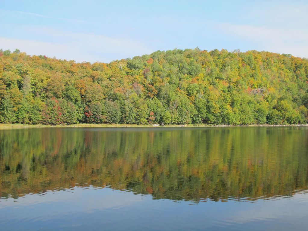 Luxury home in the laurentian mountains at vrbo for Laurentian mountains cabin rental