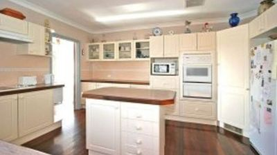 large fully functioning kitchen to use