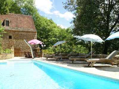 Photo for Lovely Périgord holiday home in private forest in stunning surroundings of Besse