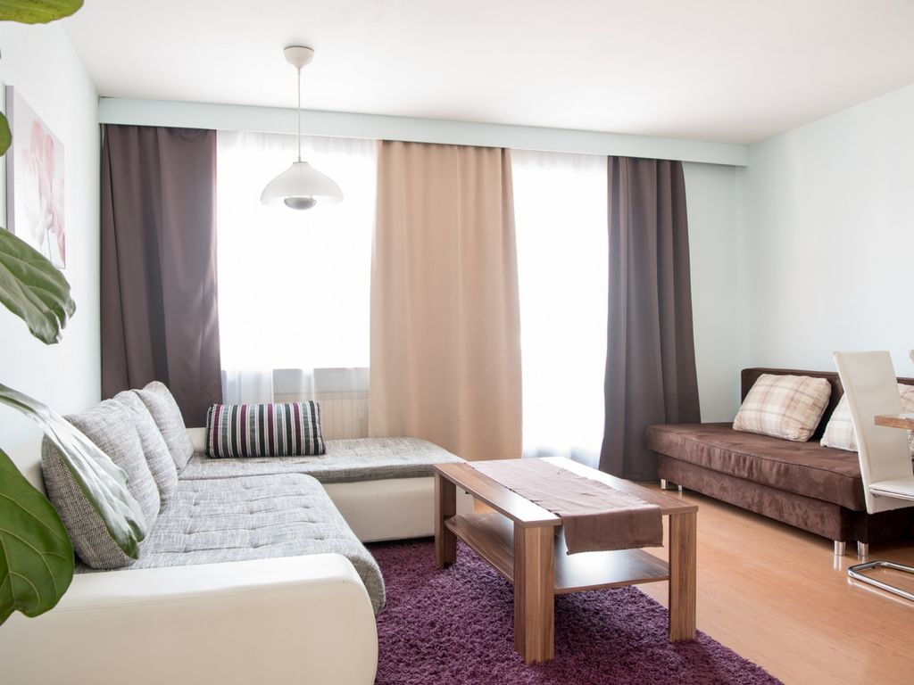Alpz Apartment 8 with mountain view Apartment for 6 people in Zell ...