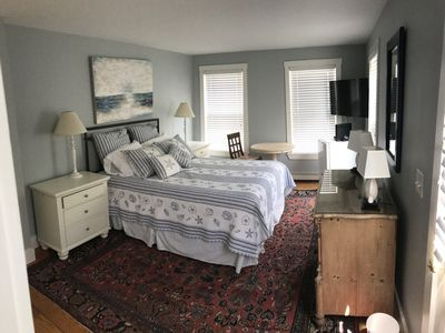 Photo for Charming private 1 bedroom suite