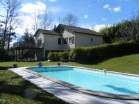 Charming holiday home with Great pool