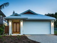 Beautiful home close to the main strip of palm cove