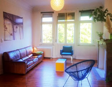 Photo for Bright and huge, trendy and arty, quiet and charming appartment, viewing the parc.