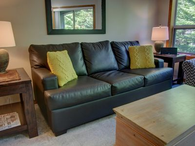Photo for Prime Ski-in Ski-out Location! Pool, Hot tubs, BBQ, sleeps 4 (229)