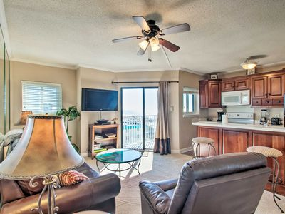 Photo for Updated Beachfront Gulf Shores Condo w/Pool Access
