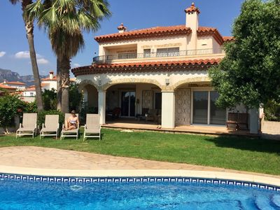 Photo for Fantastic holiday home for 10 persons with private swimming pool in Miami Platja