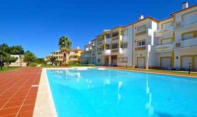 Photo for 3 bedroom apartment with view on swimming pool and golf course, close to the beach