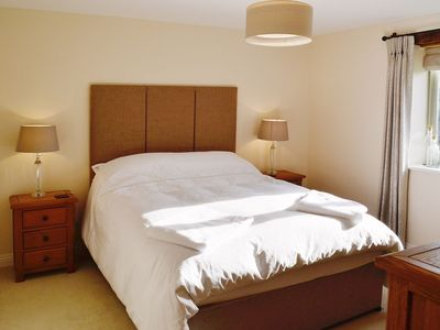 Bedroom Furniture Yeovil sutton farm view: 2 bedroom property in yeovil. - 1862083