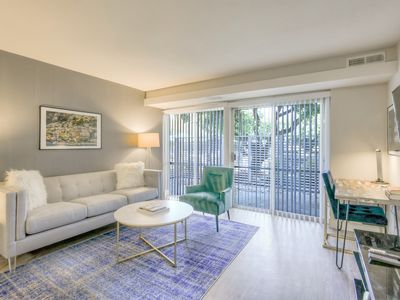Photo for Spacious Urban Flat 1BR in Sunnyvale w/ Pool + Gym