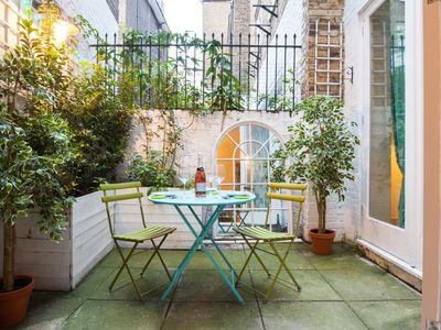 Photo for Stylish Chelsea Apartment with Private Courtyard