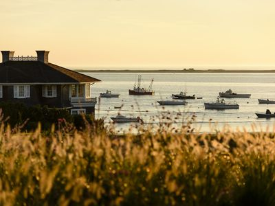 Photo for Spend your summer in Luxury on Chatham Harbor