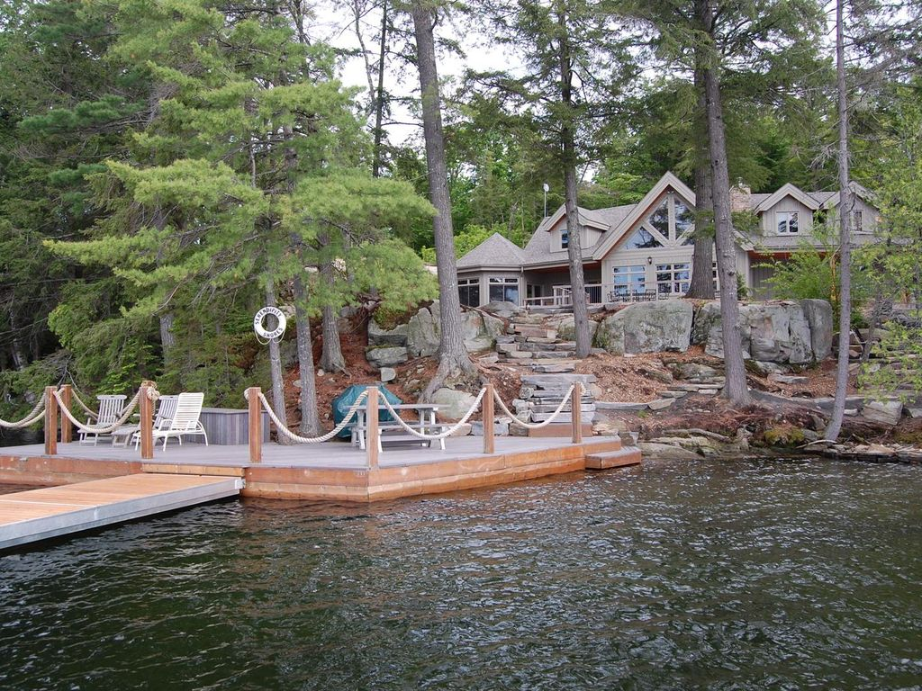 Haliburton Ontario Large Executive Cotta Vrbo