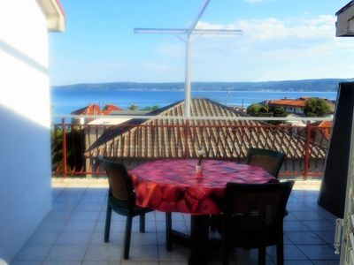Photo for Two bedroom apartment with terrace and sea view Kaštel Stari, Kaštela (A-13578-a)