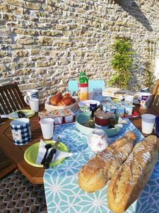 Photo for Bourguignonne house classified 4 * 10 km from Beaune and Nuits St Georges.