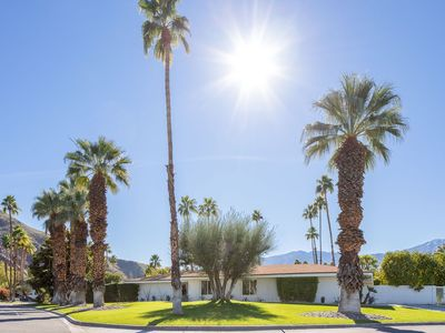 Photo for Casablanc-Ish : Midcentury and Morocco had a love child in Palm Springs