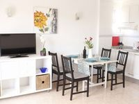Great apartment close to beach and restaurants
