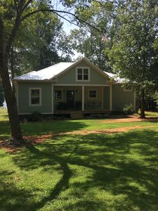 Photo for 3BR Cottage Vacation Rental in Scottsboro, Alabama