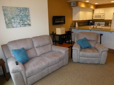 Photo for 3BR Villa Vacation Rental in Alexandria Bay, New York