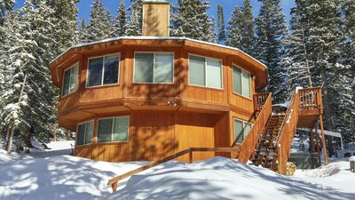 Photo for Panoramic Views - Cozy, Lodge Style