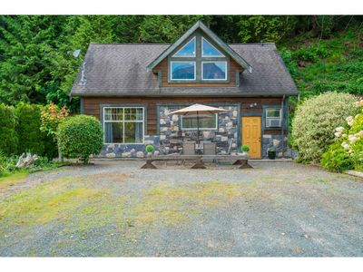 Photo for Eagle Tree Lodge - 2 bdrm Hunters Cabin (think Supernatural) Views of Mt Cheam