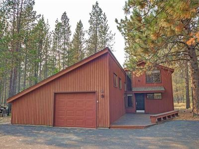 Photo for Cozy remodeled cabin. Pet Friendly. Free SHARC Passes