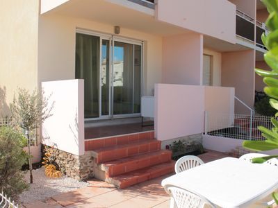 Photo for nice T2 on the ground floor, 50 m from the beach, shops and downtown with parking