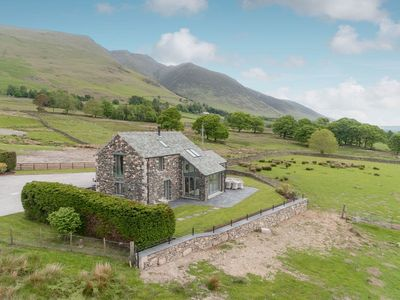 Photo for 4BR House Vacation Rental in Threlkeld, near Keswick