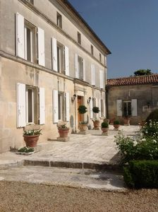 Photo for 4BR House Vacation Rental in Graves-Saint-Amant, Nouvelle-Aquitaine