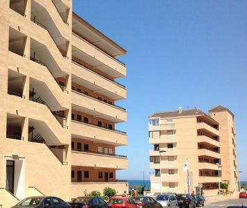 Photo for 3BR Apartment Vacation Rental in Torrevieja, Валенсия