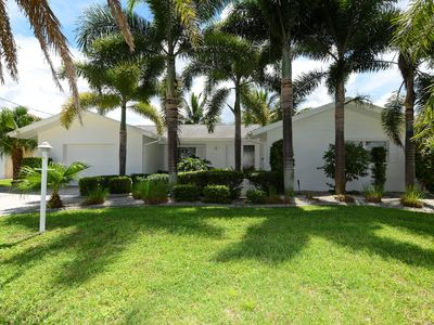 Photo for 2 Bed, 2 bath, modernly renovated poolhome with gulf access